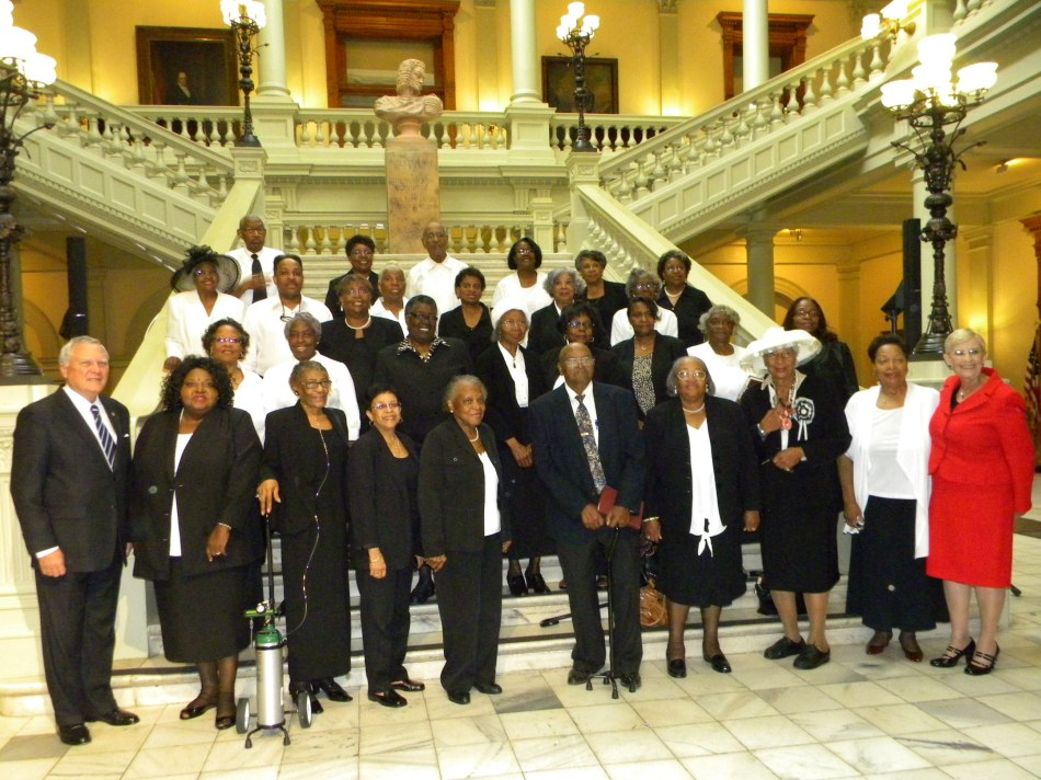 The United Note Singers with Governor and Mrs. Deal